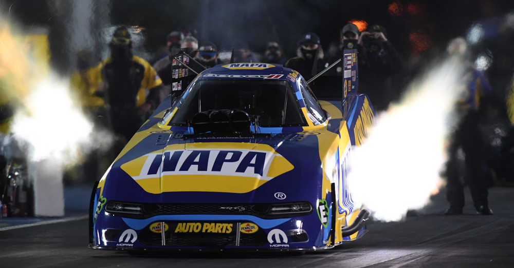 Auto Racing Sponsorships on Ron Capps   Bio Napa Auto Parts Dodge Charger R T Funny Car Driver